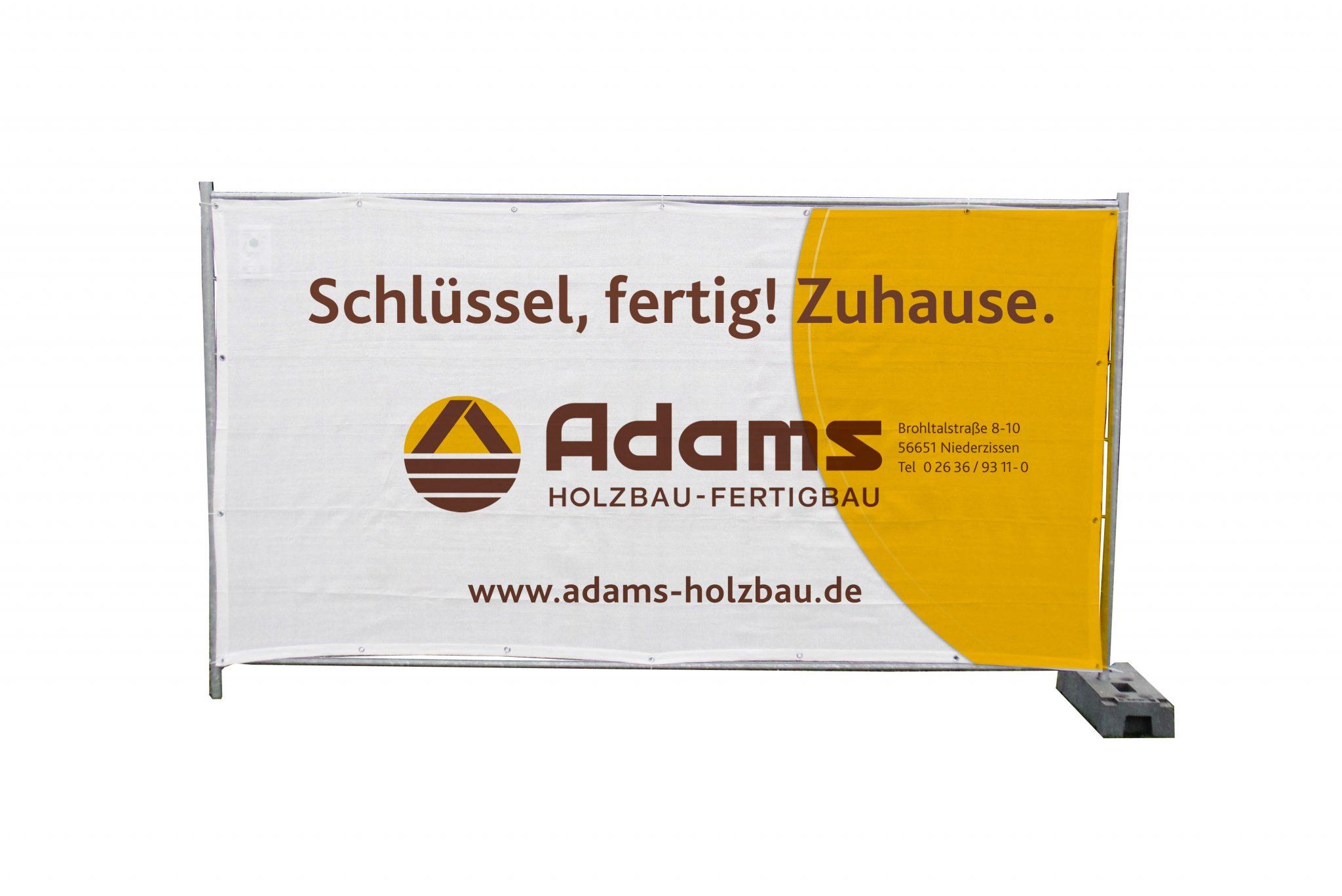 Adams Banner Zuhause